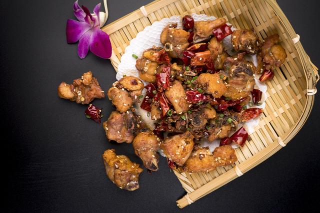 重庆辣子鸡   Poulet croustillant Chongqing