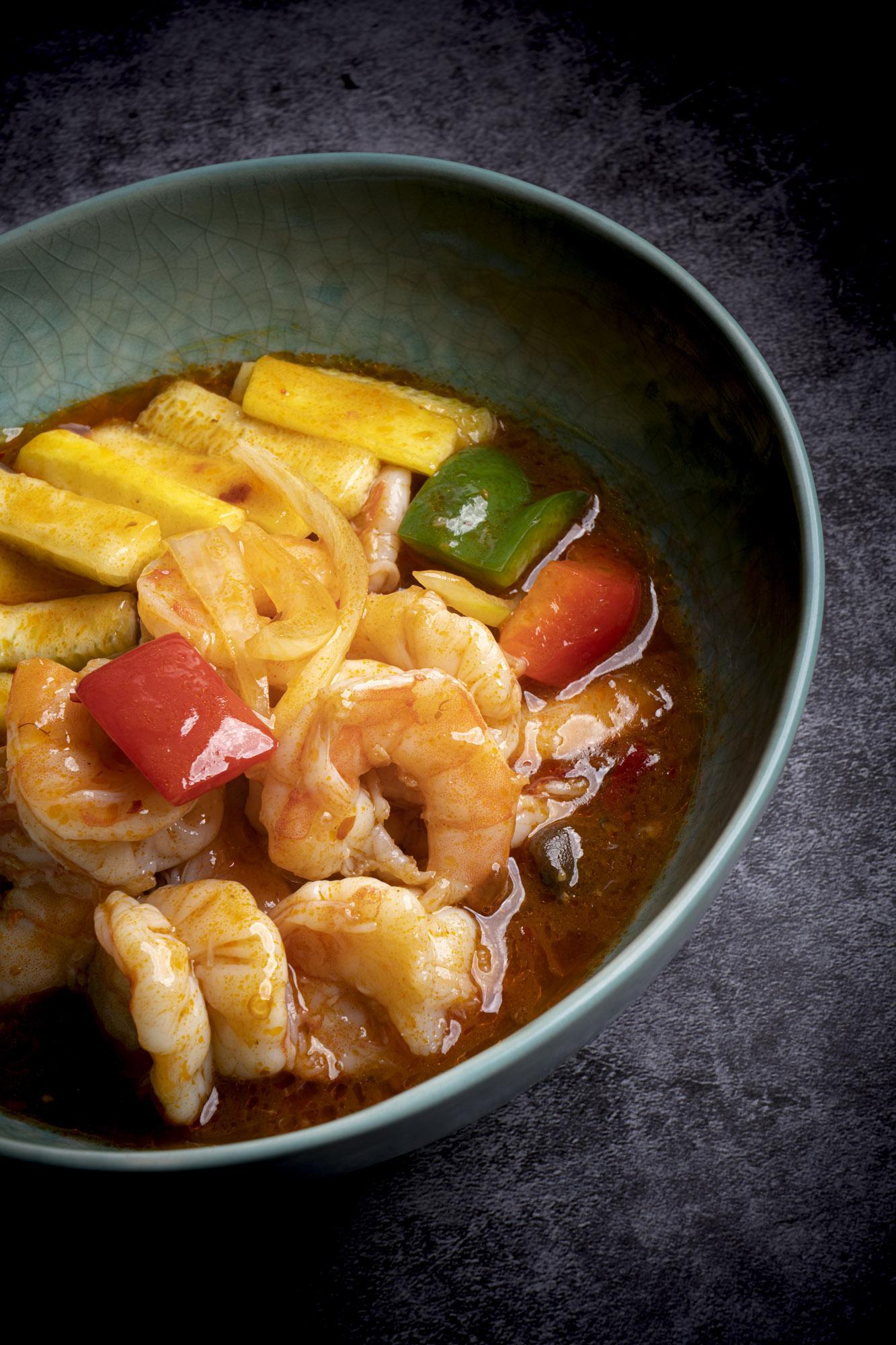 香辣蝦球   Crevettes du Chef (piquantes)